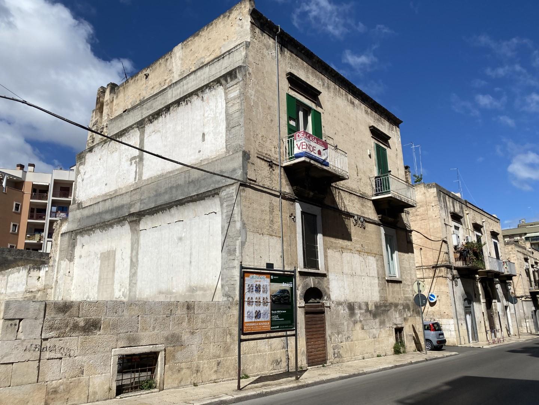 ID532-Appartamento 2 vani e accessori in Via Imbriani
